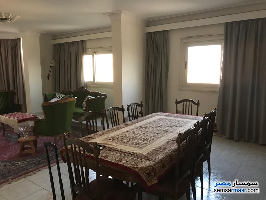 Ad Photo: Apartment 3 bedrooms 3 baths 300 sqm super lux in Heliopolis  Cairo