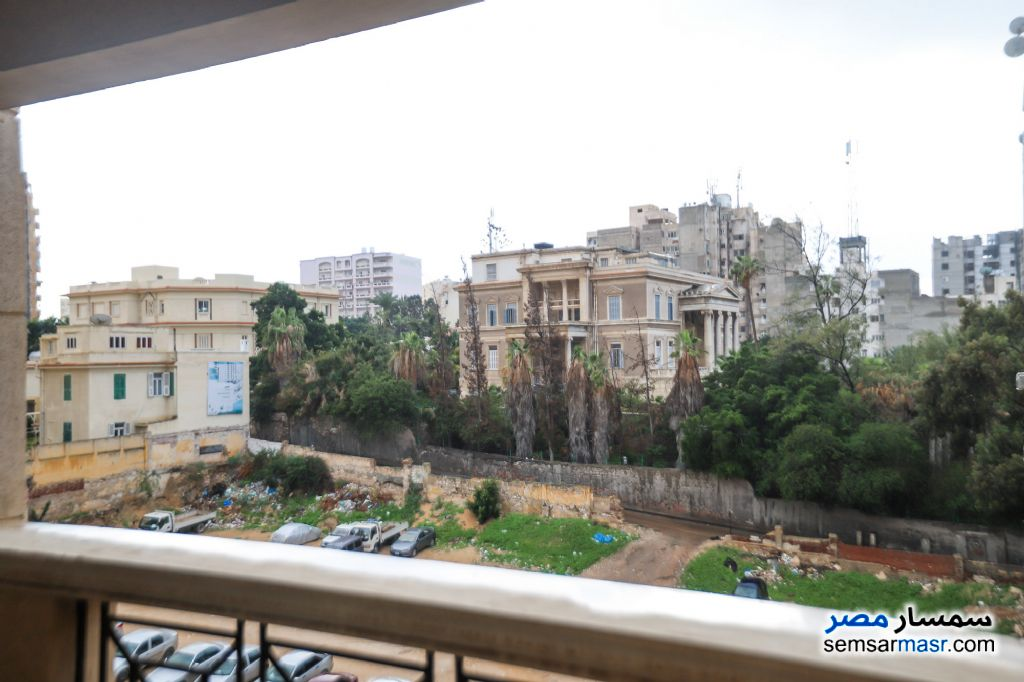 Ad Photo: Apartment 3 bedrooms 3 baths 315 sqm super lux in Kafr Abdo  Alexandira