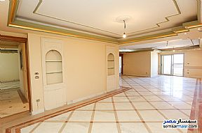 Ad Photo: Apartment 5 bedrooms 3 baths 320 sqm extra super lux in Bolokly  Alexandira