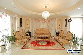 Ad Photo: Apartment 5 bedrooms 2 baths 320 sqm extra super lux in Kafr Abdo  Alexandira