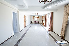 Ad Photo: Apartment 5 bedrooms 2 baths 350 sqm extra super lux in Bolokly  Alexandira