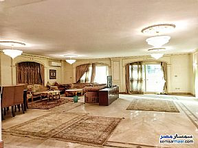 Ad Photo: Apartment 4 bedrooms 4 baths 365 sqm super lux in Mohandessin  Giza