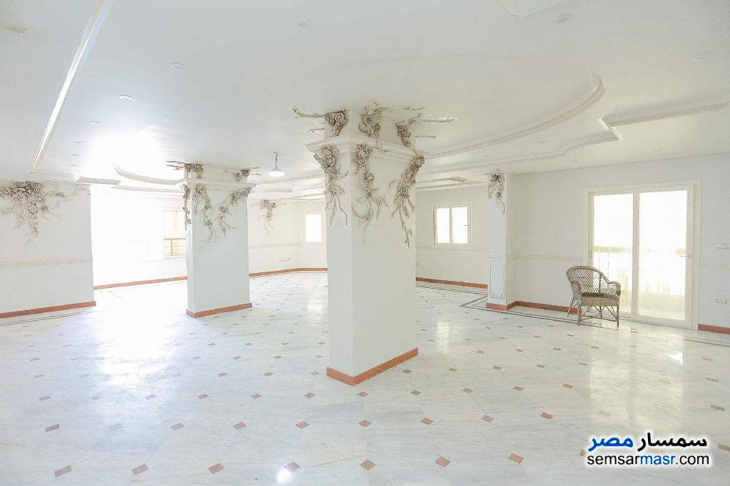 Photo 1 - Apartment 4 bedrooms 3 baths 430 sqm For Sale Glim Alexandira