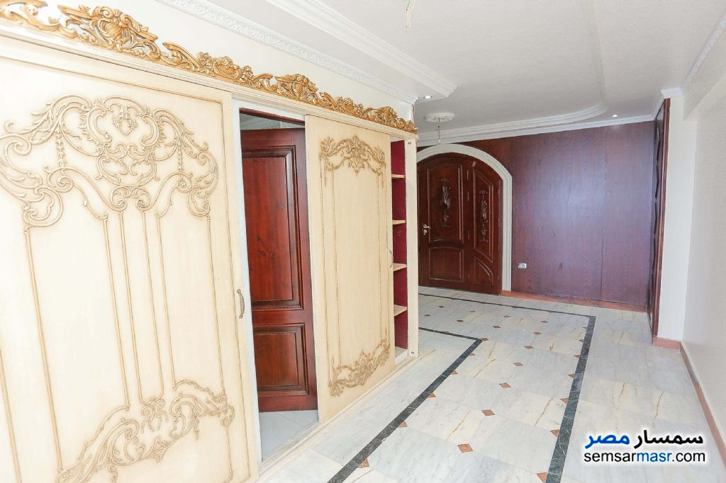 Photo 13 - Apartment 4 bedrooms 3 baths 430 sqm For Sale Glim Alexandira