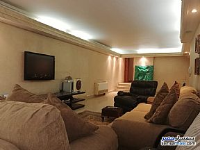 Ad Photo: Apartment 6 bedrooms 5 baths 450 sqm extra super lux in Mohandessin  Giza