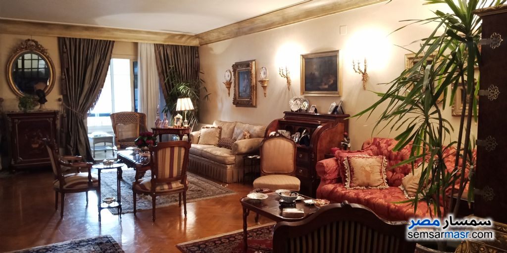 Photo 1 - Apartment 6 bedrooms 3 baths 250 sqm extra super lux For Sale Mohandessin Giza