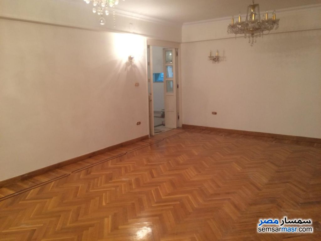 Photo 1 - Apartment 3 bedrooms 2 baths 225 sqm extra super lux For Sale Heliopolis Cairo