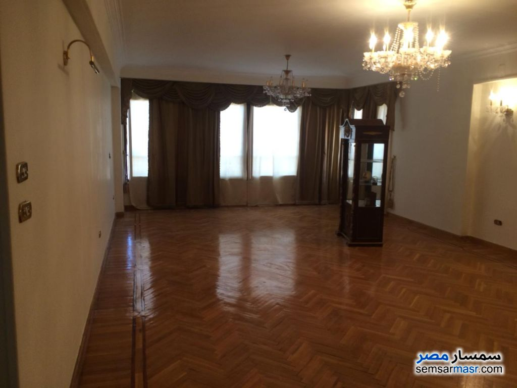 Photo 2 - Apartment 3 bedrooms 2 baths 225 sqm extra super lux For Sale Heliopolis Cairo