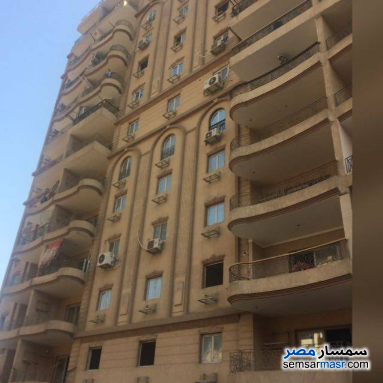 Photo 2 - Apartment 5 bedrooms 2 baths 207 sqm without finish For Sale El Sahel Cairo
