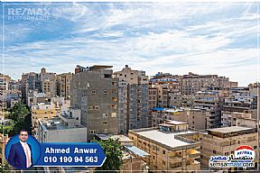 Ad Photo: Apartment 2 bedrooms 1 bath 130 sqm extra super lux in Kafr Abdo  Alexandira