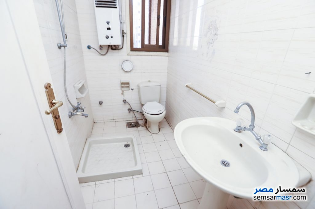 Photo 23 - Apartment 3 bedrooms 2 baths 203 sqm super lux For Sale Kafr Abdo Alexandira