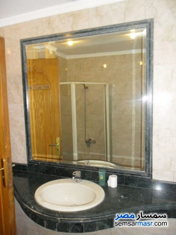 Photo 5 - Apartment 3 bedrooms 2 baths 260 sqm extra super lux For Rent Dokki Giza