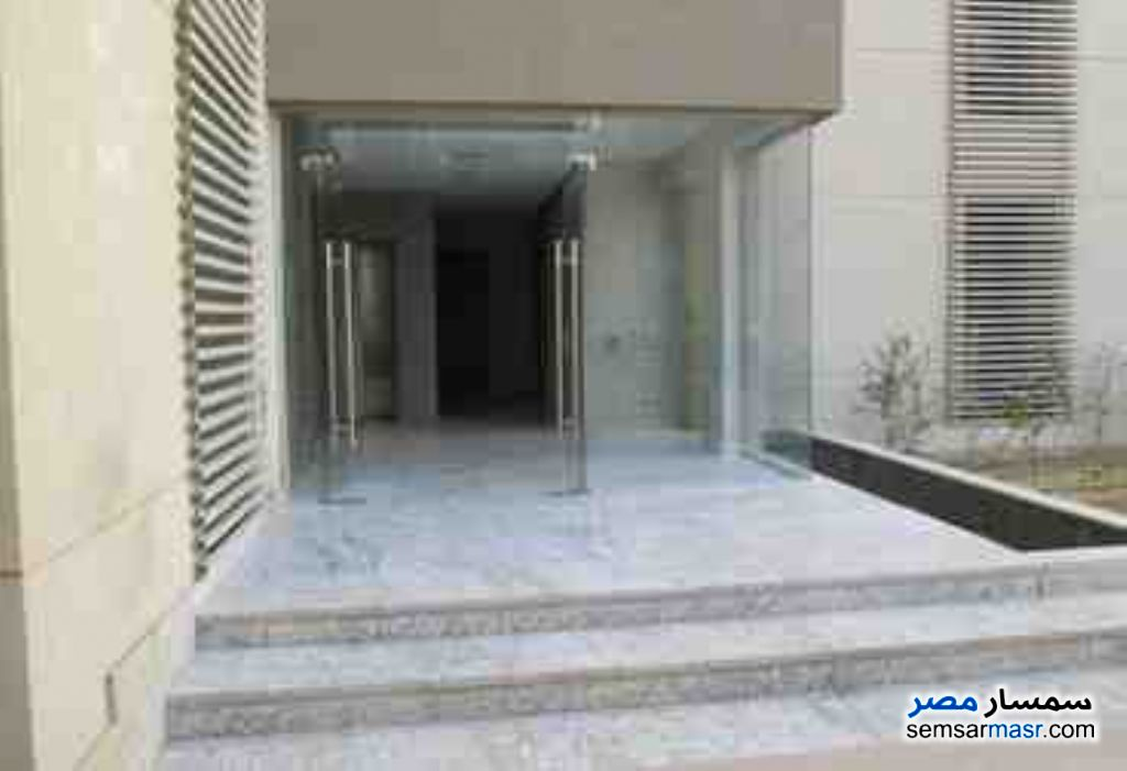 Photo 1 - Apartment 5 bedrooms 2 baths 150 sqm extra super lux For Rent Mohandessin Giza