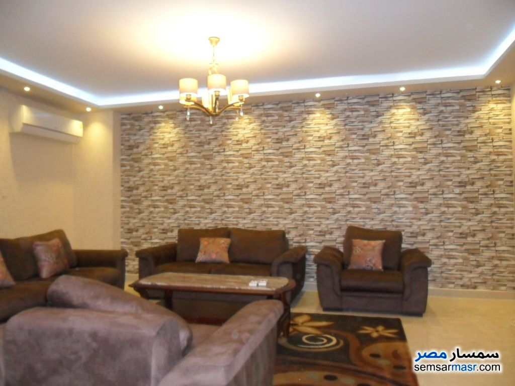 Photo 1 - Apartment 3 bedrooms 3 baths 220 sqm super lux For Rent Mohandessin Giza