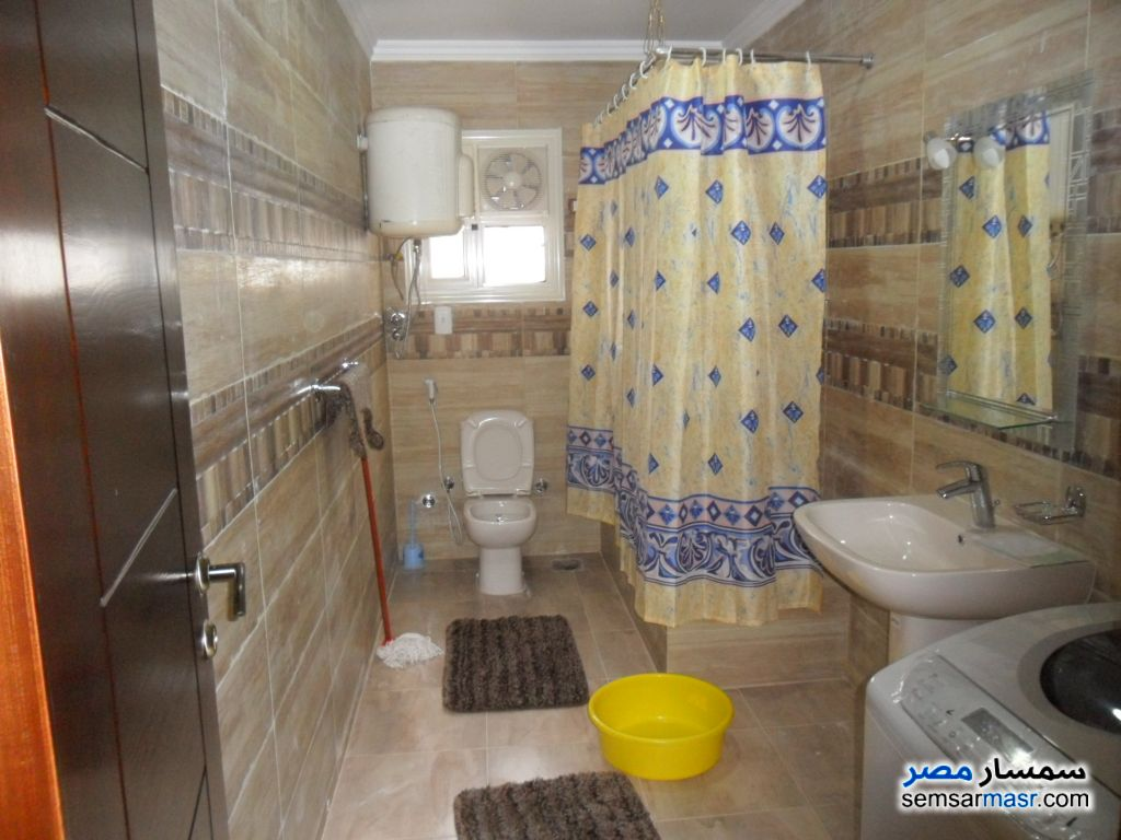 Photo 6 - Apartment 3 bedrooms 3 baths 220 sqm super lux For Rent Mohandessin Giza