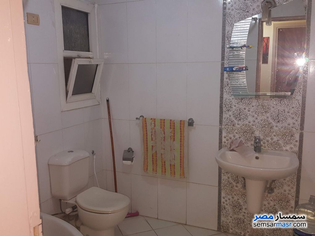 Photo 15 - Apartment 2 bedrooms 1 bath 125 sqm lux For Rent Maadi Cairo