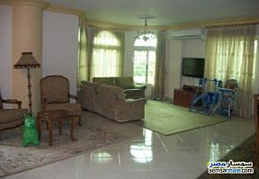 Ad Photo: Apartment 2 bedrooms 2 baths 100 sqm super lux in Mohandessin  Giza