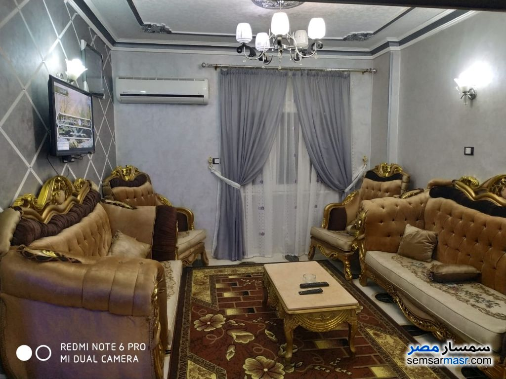 Ad Photo: Apartment 2 bedrooms 1 bath 100 sqm super lux in Giza