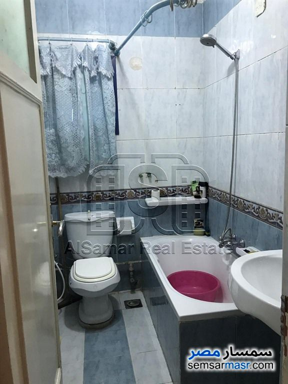 Photo 15 - Apartment 2 bedrooms 1 bath 117 sqm super lux For Rent Maadi Cairo