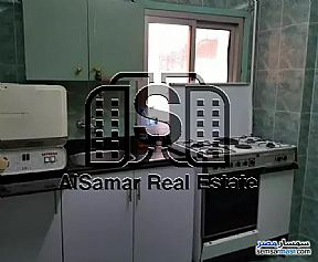 Ad Photo: Apartment 2 bedrooms 1 bath 120 sqm super lux in Maadi  Cairo