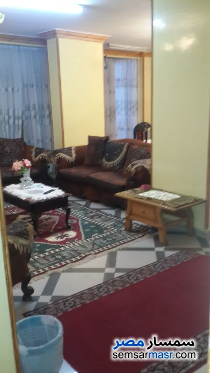 Photo 2 - Apartment 3 bedrooms 2 baths 165 sqm extra super lux For Rent Zamalek Cairo