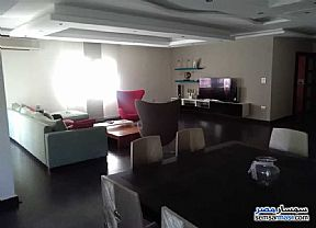 Ad Photo: Apartment 2 bedrooms 2 baths 250 sqm extra super lux in Maadi  Cairo