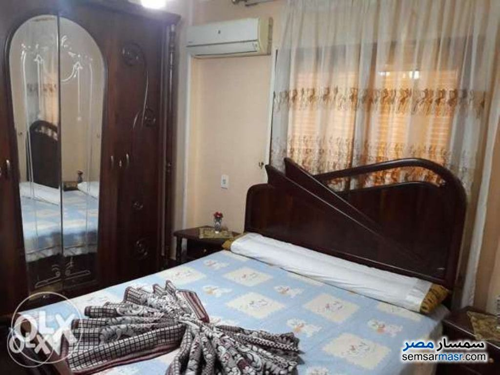 Ad Photo: Apartment 3 bedrooms 1 bath 7000 sqm extra super lux in Maadi  Cairo