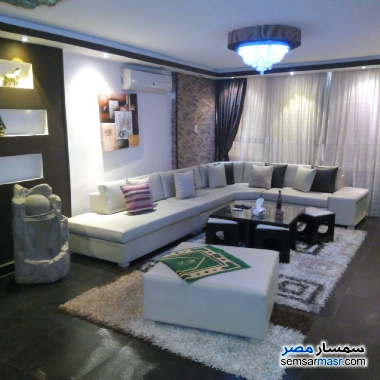 Photo 8 - Apartment 2 bedrooms 1 bath 125 sqm extra super lux For Rent Nasr City Cairo