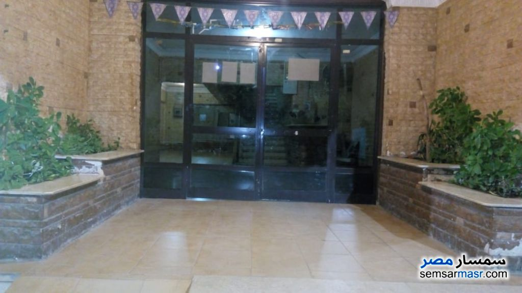 Photo 5 - Apartment 2 bedrooms 1 bath 125 sqm extra super lux For Rent Nasr City Cairo