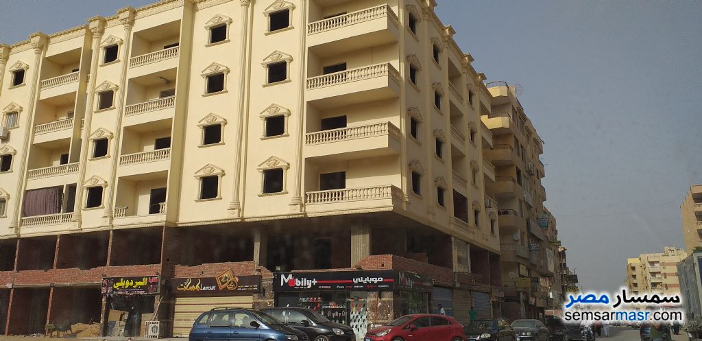 Photo 3 - Apartment 3 bedrooms 2 baths 165 sqm semi finished For Sale Hadayek Al Ahram Giza