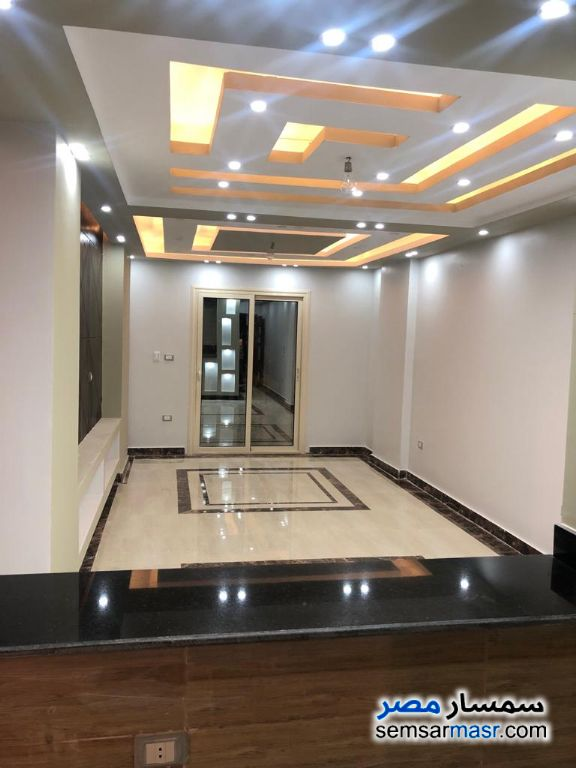 Photo 1 - Apartment 3 bedrooms 2 baths 128 sqm extra super lux For Sale Hadayek Al Ahram Giza