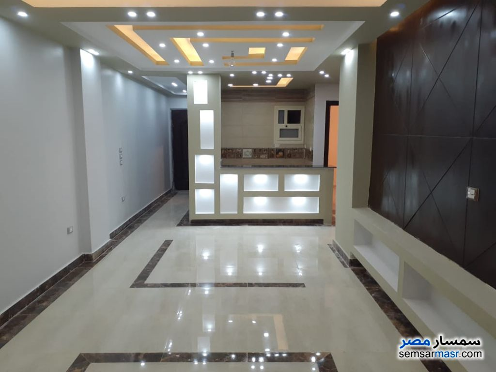 Photo 2 - Apartment 3 bedrooms 2 baths 128 sqm extra super lux For Sale Hadayek Al Ahram Giza