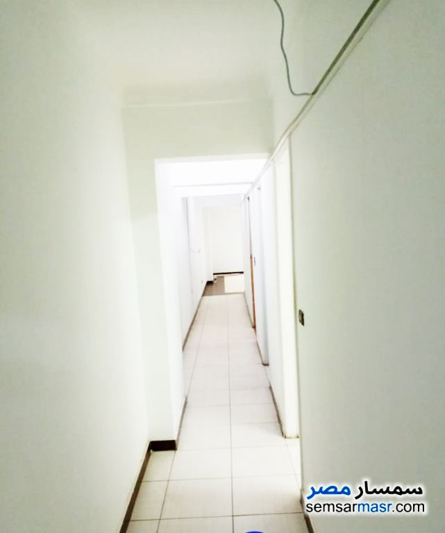 Ad Photo: Apartment 4 bedrooms 1 bath 100 sqm super lux in Abu Qir  Alexandira
