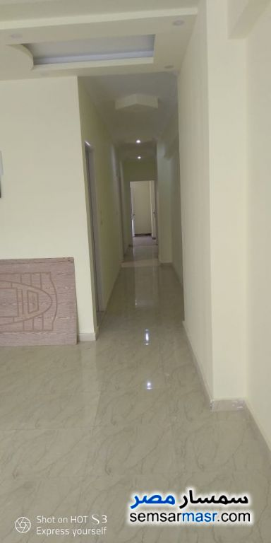 Ad Photo: Apartment 2 bedrooms 1 bath 120 sqm extra super lux in Sidi Gaber  Alexandira