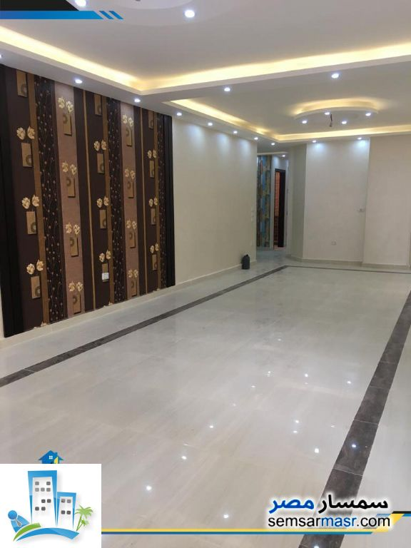 Photo 4 - Apartment 3 bedrooms 2 baths 178 sqm extra super lux For Sale Hadayek Al Ahram Giza