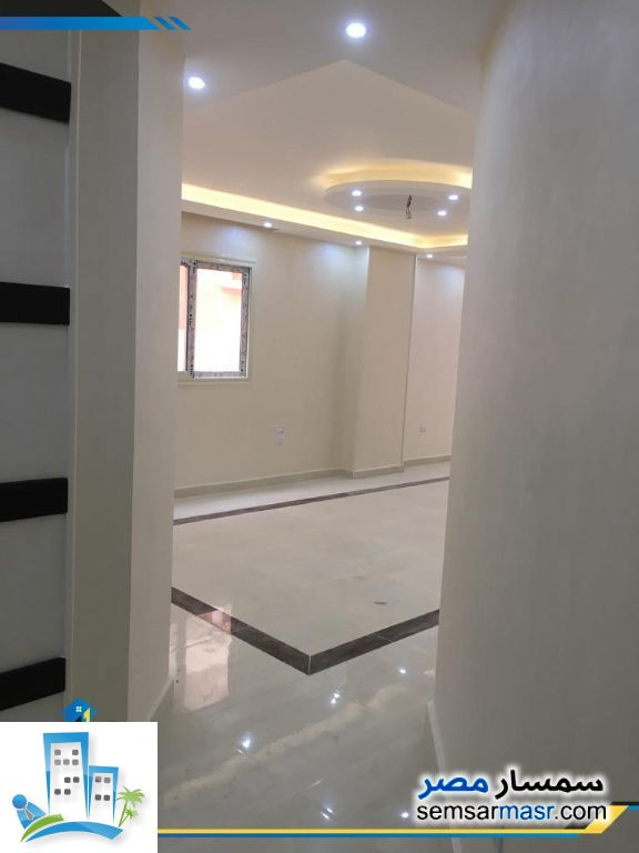 Apartment 3 bedrooms 2 baths 178 sqm extra super lux For Sale Hadayek Al Ahram Giza - 5