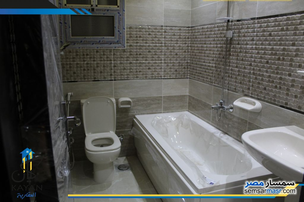 Photo 11 - Apartment 3 bedrooms 1 bath 165 sqm extra super lux For Sale Hadayek Al Ahram Giza