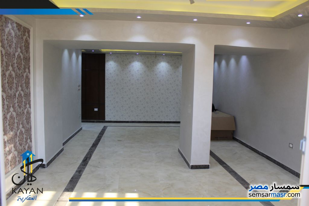 Photo 2 - Apartment 3 bedrooms 1 bath 165 sqm extra super lux For Sale Hadayek Al Ahram Giza