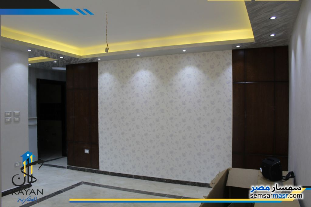 Photo 3 - Apartment 3 bedrooms 1 bath 165 sqm extra super lux For Sale Hadayek Al Ahram Giza