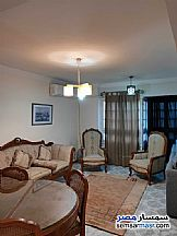 Ad Photo: Apartment 2 bedrooms 1 bath 100 sqm extra super lux in Mohandessin  Giza