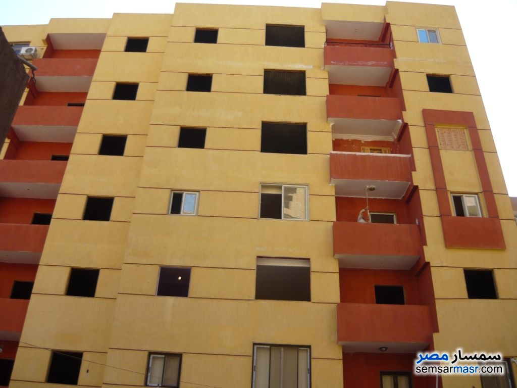 Photo 2 - Apartment 2 bedrooms 1 bath 100 sqm semi finished For Sale Maadi Cairo