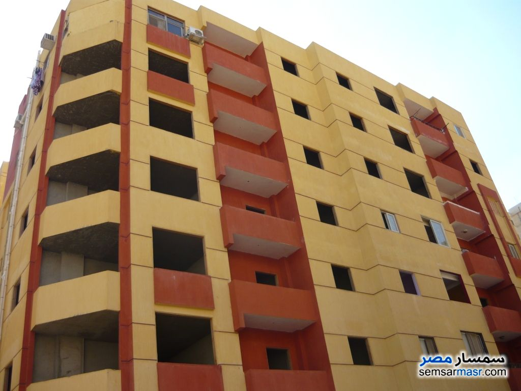 Photo 1 - Apartment 2 bedrooms 1 bath 100 sqm semi finished For Sale Maadi Cairo