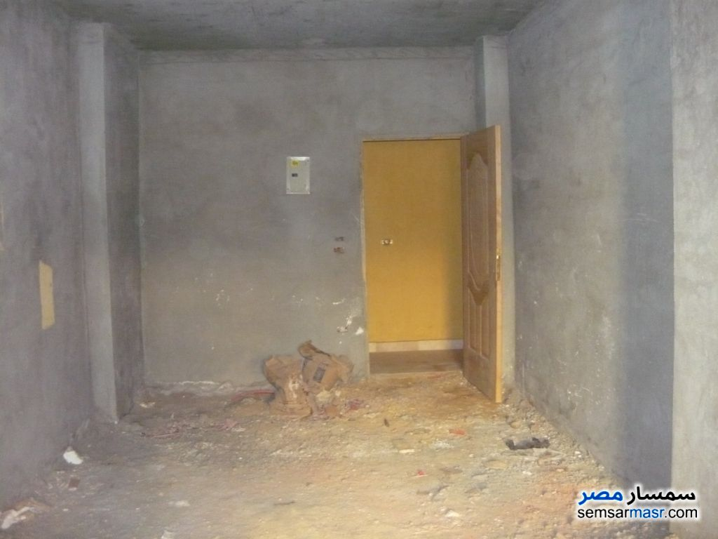 Photo 4 - Apartment 2 bedrooms 1 bath 100 sqm semi finished For Sale Maadi Cairo