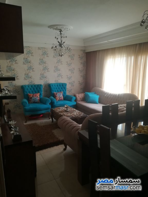 Photo 1 - Apartment 2 bedrooms 1 bath 120 sqm For Sale Maadi Cairo