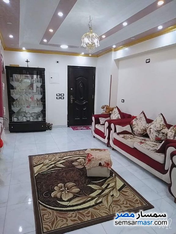 Photo 3 - Apartment 2 bedrooms 1 bath 95 sqm extra super lux For Sale Hadayek Helwan Cairo
