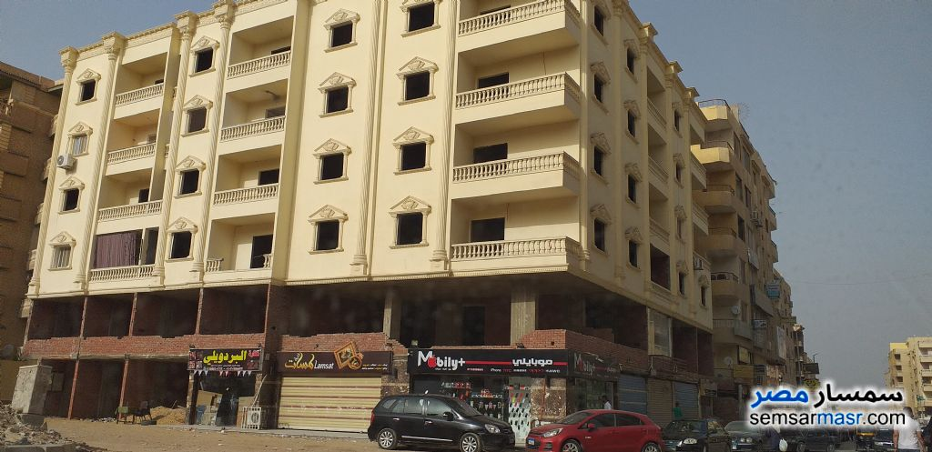 Photo 1 - Apartment 2 bedrooms 1 bath 104 sqm semi finished For Sale Hadayek Al Ahram Giza