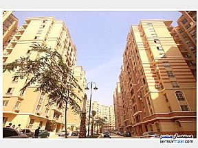 Ad Photo: Apartment 2 bedrooms 2 baths 108 sqm semi finished in Maadi  Cairo