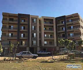 Ad Photo: Apartment 2 bedrooms 2 baths 110 sqm semi finished in Sheraton  Cairo