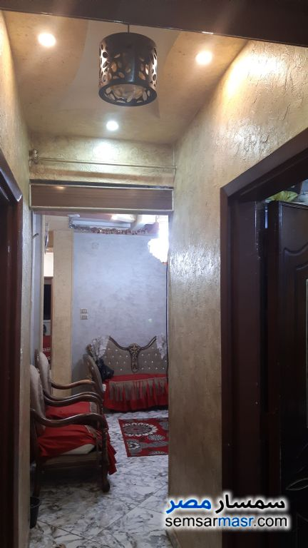 Photo 2 - Apartment 3 bedrooms 1 bath 110 sqm super lux For Sale Shubra Cairo