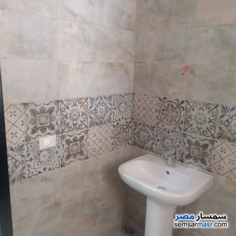 Photo 8 - Apartment 2 bedrooms 1 bath 114 sqm extra super lux For Sale Nasr City Cairo